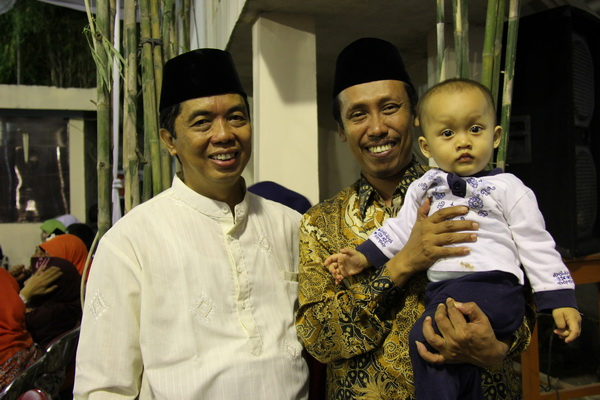 Bapak Drs.HM.Lutfi Hamid,M.Ag Kakankemenag Sleman saat menghadiri acara Haflah Khatmil Qur'an dan Wisuda Santri Pondok Pesantren Wahid Hasyim, Yogyakarta
